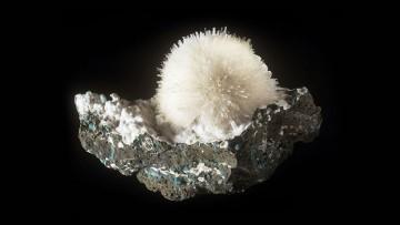 18 nuove specie minerali sono state scoperte alle Eolie