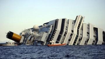 Costa Concordia: c'e' il rischio di disastro ambientale