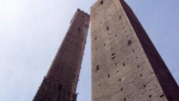 Le Due Torri di Bologna sotto osservazione sismica