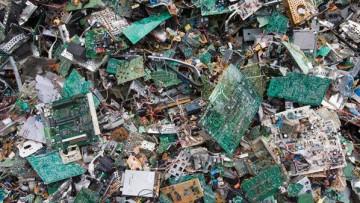 Da rifiuti elettronici a risorse da gestire: l'85% di metalli preziosi finisce in discarica
