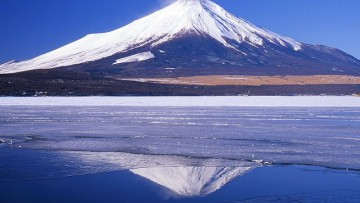 Monte Fuji sotto osservazione, si teme un risveglio