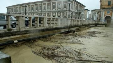 Alluvione nelle Marche, 'ma quale bomba d'acqua'