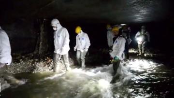 La pulizia del tunnel sotterraneo del Seveso