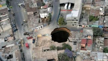 """In Guatemala si apre la """"porta dell'inferno"""""""