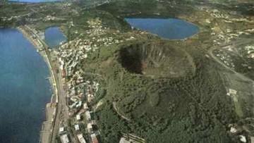 Il vulcano di Nisida ha 3900 anni
