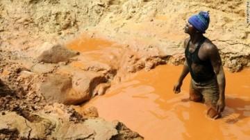 Stop ai minerali sporchi di sangue