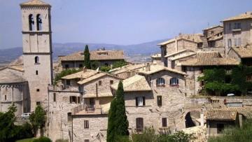 Assisi vista dallo spazio