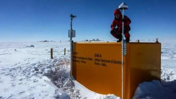 Anomalie elettromagnetiche: un ricercatore del Polito parte per l'Antartide